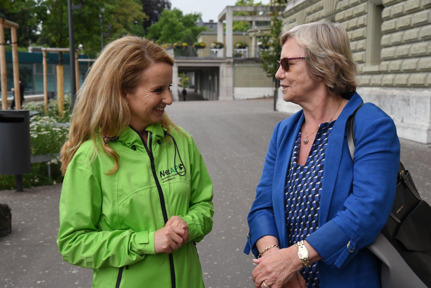 Présidente de NetAPP, Ester Geisser et Prominente Unterstützerin aus dem Parlament: Laurance Fehlmann Rielle, Nationalrätin SP GE